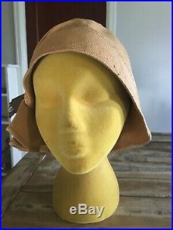 1920s Flapper Antique Vintage Cloche Style Hat Diana Paris NY
