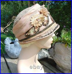 1920s SILK & WOVEN PINK CLOCHE VELVET FLOWERS LARGER SIZE