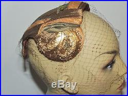 1940's / 1950's Bes Ben Small Fabric Hat w Gold Feathers