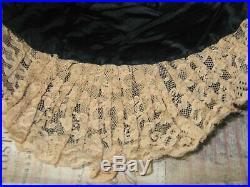 Antique Flapper Hat Vintage 1920-30s Cloche Gatsby-Black Velvet Lace-Chandler Ha