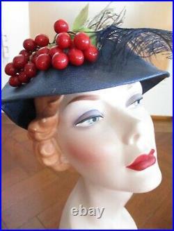 BEAUTIFUL VINTAGE HARRODS HAT 1950s