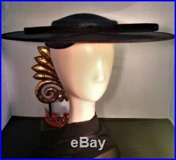 BLACK CARTWHEEL/TILT HAT with Velvet Bow Trim Circa 1942 Great Condition