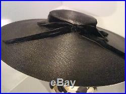BLACK TILT HAT Cartwheel, Platter Tilt Hat, Velvet Bow Excellent Condition