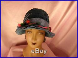 Chic vintage'20s Wedgwood blue velvet clocheruched crownFLAPPERSUPERB