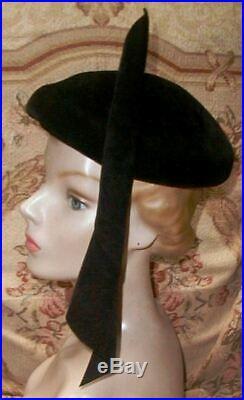 Dramatic Early 1950s Christian DIOR Black Felt Hat w Spiking Spear Side Pleat