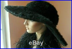 Dramatic rare plush hat excellent condition c. 1900