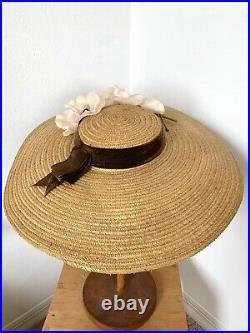 EXQUISITE VTG 1930's NATURAL STRAW WIDE BRIM CARTWHEEL TILT HAT w FLOWERS Sz22