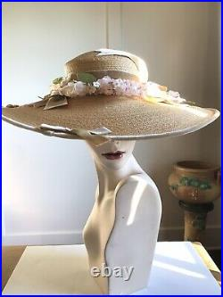 EXQUISITE VTG 1940s NATURAL STRAW WIDE BRIM CARTWHEEL TILT HAT w FLOWERS- 17