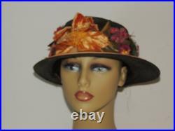 Edwardian Straw Hat w Beautiful Flowers MED