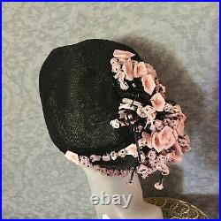 Exceptional 1920s Fine Black, Pink, Straw, Raffia Cloche, Matching Clutch Purse