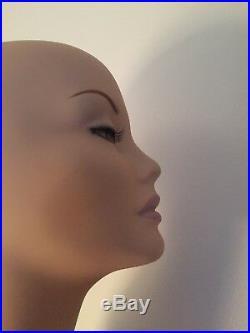 Glamorous Vintage Head Model Long Neck Eyelashes Lady Woman Wig Hat Unique 19