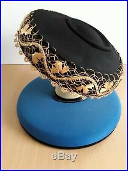 Original 1940s WWII Wide Brim Mushroom or Pancake Hat Amazing Trim