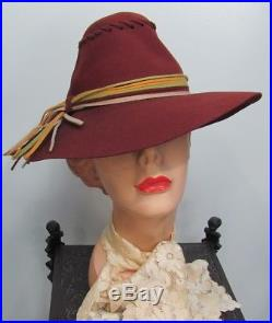 RARE 1930s CASABLANCA Womens Whip-Stitched GOLDCOAST FEDORA withTASSELS