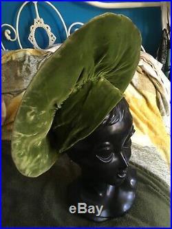 Rare Vintage 1940s Collectable Green Velvet Fringe Pop Up Hat In Vogue