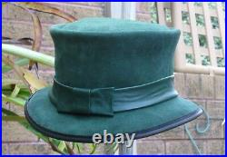 SUEDE LEATHER 1920s / CLOCHE / FLAPPER / VINTAGE / CHANGELING STYLE LADIES'S HAT