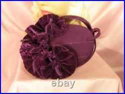 Stunning vtg.'40s purple felt tilt hat large velvet flowersWORLD WAR II