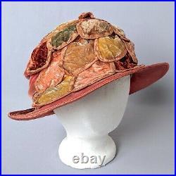 True 1920s Vintage Cloche Hat Peach Velvet Flower Petals 20s Antique