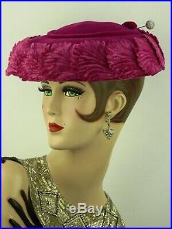 VINTAGE 1950s PLATTER,'NEW LOOK' HAT, VIVID FUCHSIA VELVET, w HAT PIN, GOODWOOD