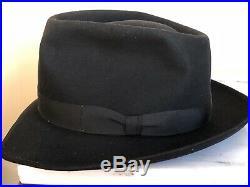 VINTAGE 1960s ROYAL STETSON Mens Womans FEDORA HAT BLACK 7 3/8 LO Nice