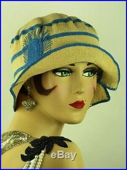 VINTAGE HAT 1920s CLOCHE BEAUTIFUL SPORTS CLOCHE IN IVORY CREAM & TURQUOISE BLUE