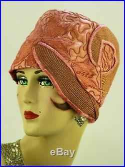VINTAGE HAT 1920s USA, BEAUTIFUL PINK CLOCHE, SILK, STRAW w SOUTACHE EMBROIDERY