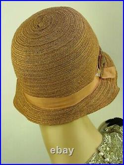 VINTAGE HAT 1920s USA, STRAW CLOCHE, PINK FAWN w DECO HAT FLASH & RIBBON TRIM