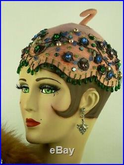 VINTAGE HAT 1940s LILLY DACHE, SUPERB PINK FELT JULIETTE COCKTAIL CAP w BEADING