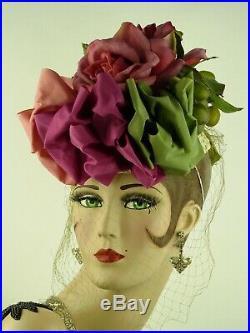 VINTAGE HAT 1940s''NEW YORK CREATIONS STUNNING ROSES & RIBBON TILT w FINE VEIL