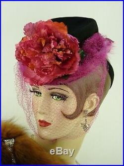 VINTAGE HAT 1940s USA, BLACK FELT TILT TOPPER w FUCHSIA ROSE, FEATHERS & VEILING
