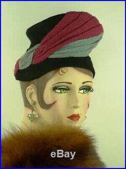 VINTAGE HAT 1940s USA FLO HILL MODELS BLACK FELT TURBAN FRONT w BLUE & BURGUNDY