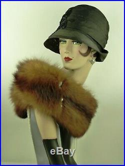 VINTAGE HAT FRENCH 1920s CLOCHE HAT BLACK STRAW w WIDE SILK RIBBON TRIM & FLOWER