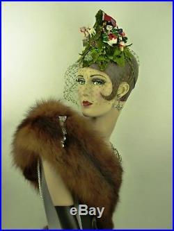 VINTAGE HAT ORIGINAL 1950s CHRISTMAS TREE HAT, VELVET LEAVES & TREE DECORATIONS