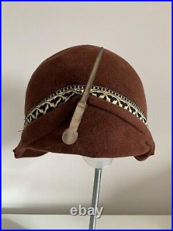 Vintage 1920s Felt Cloche Hat Brown Wool Felt Gold Deco Braid & Shell Hat Pin
