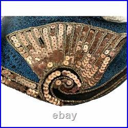 Vintage 1920s Flapper Cloche Hat Metallic & Silk Embroidery