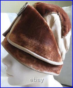 Vintage 1920s Hat Cloche Velvet Silk