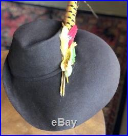 Vintage 1930's Julian wool felt hat feathers bold gorgeous 22-1/2 mint cond