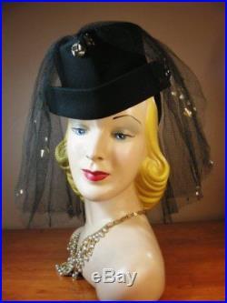 Vintage 1940s Black Felt Riding Hat w Amazing Gold Sequined Veil Willshire H77