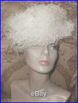 Vintage 1954 SCHIAPARELLI Paris Cream Ostrich Feather Plumes Hat Black Velvet