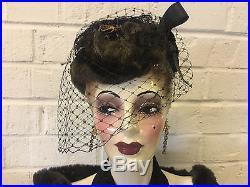 Vintage Antique Ceramic Porcelain Bust of Woman in Black Clothes & Hat