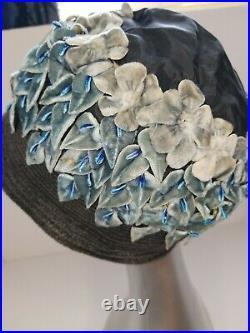 Vintage Authentic 1920s Cloche Black and Blue Velvet Floral Cloche Hat Ladies