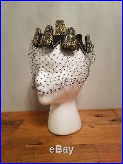Vintage Bes-Ben Ladies Hat. Veil damage