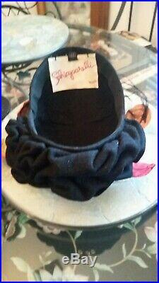 Vintage Schiaparelli Womens Toque Felt Hat/Vintage Velvet Flowers